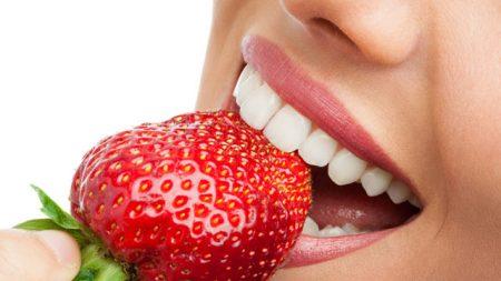 cách làm trắng răng tự nhiên